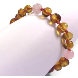 065d56f3b9a Bracelet d ambre bébé et pierres semi précieuses Collection éphémère